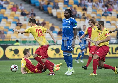 DiMerci Mbokani among the defenders of Zirka