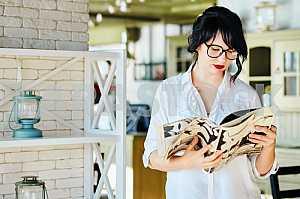 Girl with magazine