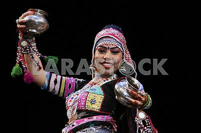 "Indian dance group ""Lokrang"""